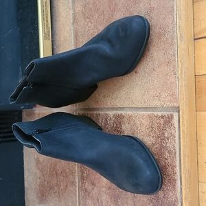 Clark's black seude leather ankle bootie